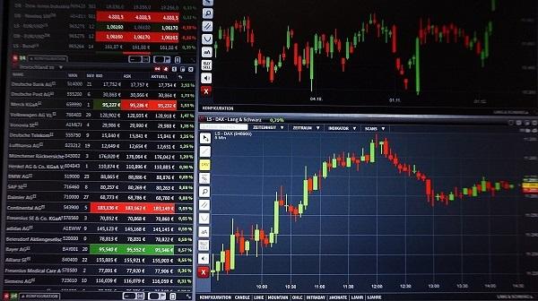 Disregarding Price Predictions